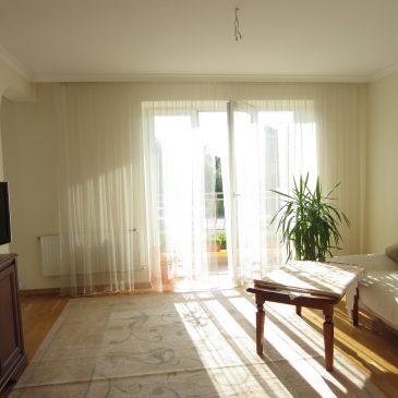 Продам 2 кім. квартиру, вул. Дж. Вашингтона