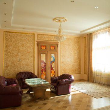 Продам 4 кімнатну квартиру, вул. Кониського О.