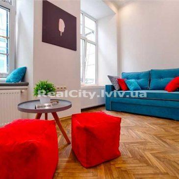 Продам 1 кімнатну квартиру, вул. Староєврейська