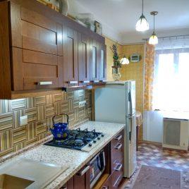 Продам 2 кімнатну квартиру, вул. Староєврейська