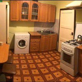 Продам 2 кімнатну квартиру, вул. Лесі Українки